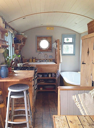 faire construire sa tiny house by rustic campers. Black Bedroom Furniture Sets. Home Design Ideas
